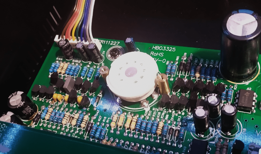 How To Replace Mic Preamp Tubes - empty socket
